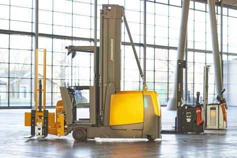 Warehouse Truck Highlifter (2)