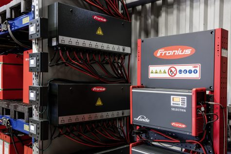 With the appropriate charging modules, adaptors and safety devices, Fronius ensured that the new charging station complies with all current standards and regulations.